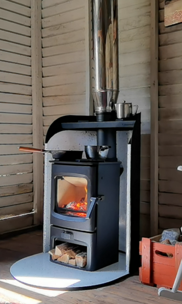 Charnwood Aire 3 Pod in timber cabin